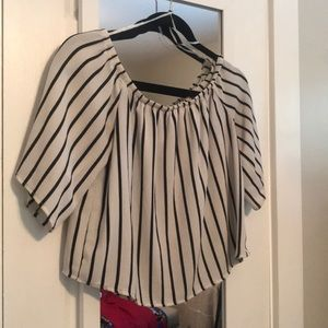 Vertical striped flowy blouse - size small